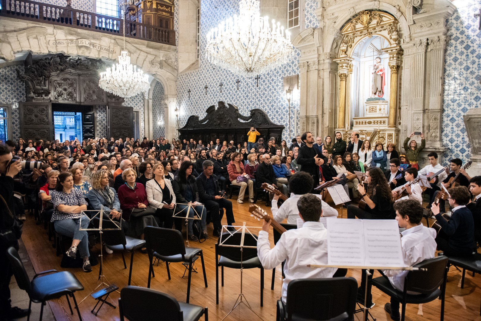 http://www.mmipo.pt/assets/misc/Not%C3%ADcias/2019/2019-03-30%20Concerto/RRI_9044.jpg